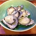 25090772 - お通し 蒸し牡蠣