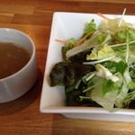 25092409 - ランチに付くサラダ、スープ