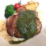 25092410 - まぐろほほ肉のステーキ ¥1000