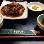 こばやし亭 - ぶつ切り鶏の唐辛子炒めだったかな?(定食)