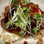 西洋膳処 創喜 - 黒豚とリンゴのソテー(拡大)