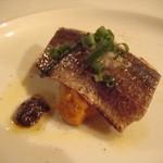 Osuteriabajiru - 炙り秋刀魚と南瓜のピューレ