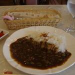 洋風めし屋 ラパンアジル - 2008.7.25 ランチカレー (そら豆 & 挽肉)
