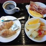 ダイニング - 朝食 ※バイキング方式です(2014.03.14)