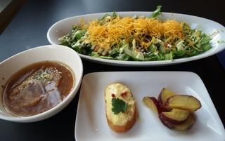カフェアンドバル スケッチー - (2014/2月)ランチはメイン+タパス2種+スープ