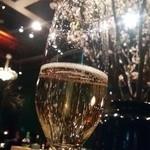 25139483 - シャンパンにすかした桜がキレイ♪