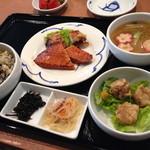 25141851 - 本日のお勧め干物(400円)+Aセット(350円)=750円定食