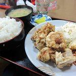 ジャンボ亭 - からあげ定食、ごはん大盛りで430円(通常は380円)