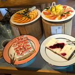 バイキングレストラン 農  - デザートもかなり充実! ヨーグルトやプリン、アイスまで♪