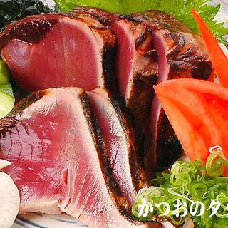 かつおの季節。刺身・塩タタキ・ポン酢のタタキ。ご堪能ください