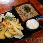 櫻屋 - 天ざるそば(¥1,800)