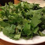 25146282 - 香菜おかわり。