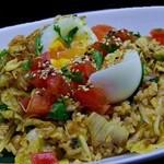 ベースメント 亜米利加橋 - 半熟卵のナシゴレン