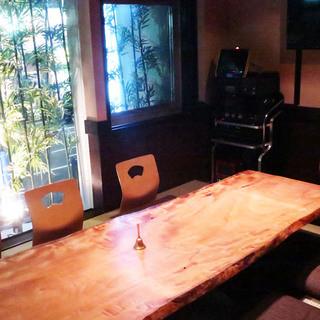 カラオケ付き個室