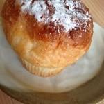 リベール - 料理写真:クリームホイップパン