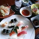 寿し味処 和多栄 - 和多栄寿司定食 1680円