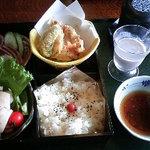 寿し味処 和多栄 - 日替わり定食 880円
