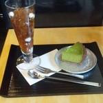 伊藤久右衛門 - 『ほうじ茶ゼリーと抹茶チーズケーキ』(892円)~♪(^o^)丿