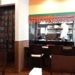 インド料理 INDIA - 店内の雰囲気
