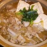 旬菜家庭料理なかよし - 肉豆腐♡良いご飯屋見つけました。何で知らなかったんだろう?ww