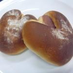 もんふるーる - 苺あんパン