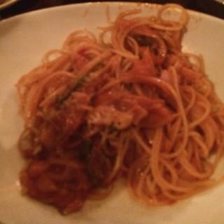 チョト・ハイル・ナッツ - ナポリタン。 スパゲッティーニまで登場。バーなのに食べ過ぎてしまった。。