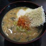 和台所 花 - 平成鍋合戦で優勝した「納豆汁(\525)」。