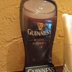 アイリッシュ カレー - ビールはGUNNESS