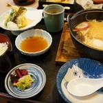 江井島酒館 麺坊はりまや - 料理写真:私の鍋焼きうどんランチ