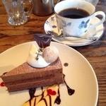 カフェ サルーテ - チョコムース美味しい♡