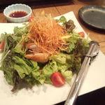 25284069 - 阿波尾鶏の入ったサラダ(メニュー名失念)