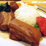 ましゅ ましゅ - 皮付き豚ちゃんのプルプル角煮プレート