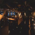 九州のお取り寄せキッチン ちかっぱ - 新宿の夜景が望める落ち着いた店内