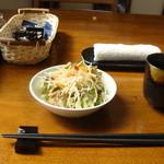 いち笑 - 料理写真:2009.20.9 撮影 サラダ & 日本茶