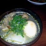 Okonomiyakiandotempanyahibiki - 鳥手羽の塩煮込み