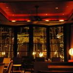 ザ・カワブン・ナゴヤ - The BARはシガーの香り漂う大人の空間