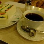 マヅラ喫茶店 - ホットコーヒー:250円('14.03月)