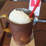 上島珈琲店 - アイスウィンナーコーヒー(S)