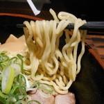 25312423 - 890えん『炙りチャーシュー油そば (大盛り)』2014.3