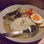 ぼらぁちょ - 鶏肉のグリーンカレー