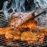 激旨ホルモン魂 - 料理写真:七輪で焼いて食べるホルモン!