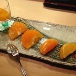 25316170 - 柑橘の食べ比べ。
