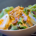 ばぐばぐ - パリパリエビと半熟卵のサラダ(ハーフ)【2013年11月】