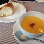 ビストロ・エテ - スープとパン
