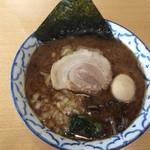 夕介 - 魚介豚骨しょうゆ小700円 味玉100円