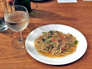 ネルソンの庭 - スパゲッティには白ワインを合わせて