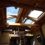 ボータン - 天窓から彩光と風が