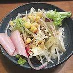 カレーやSAN - サラダ