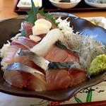 安芸しらす食堂 - 海鮮丼