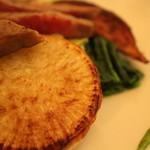 レストラン ビブ - 野菜達が華やかに盛り付けられます!